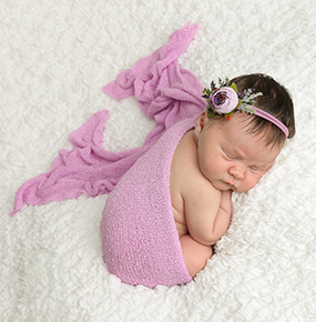 Deanna Roberts Photography - Newborn Gallery